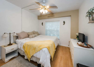 78-gulf-blvd-indian-rocks-small-024-12-bedroom1a-666x442-72dpi